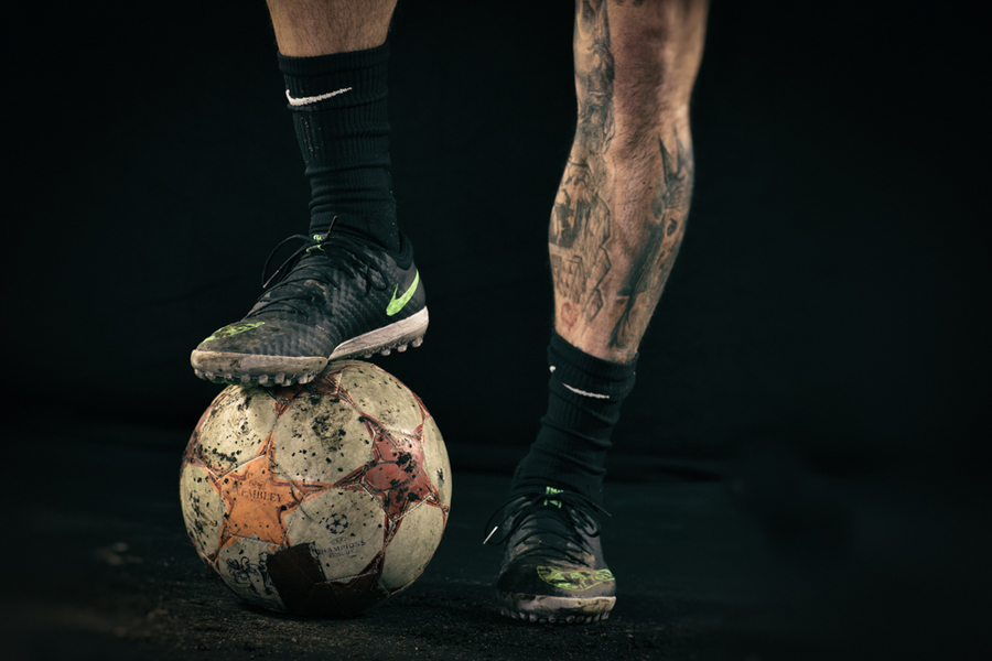 : Soccer Studio  : NYC-based Portrait, Commercial and Editorial Photographer | Ira L. Black Photography